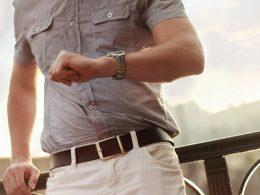 Na której ręce nosi się zegarek?