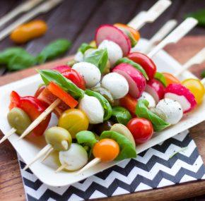 Jak zdrowo podjadać? – porady od dietetyka