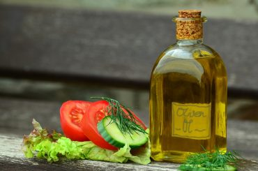 Oleje roślinne i oliwy z oliwek. Odkryj ich wartości odżywcze