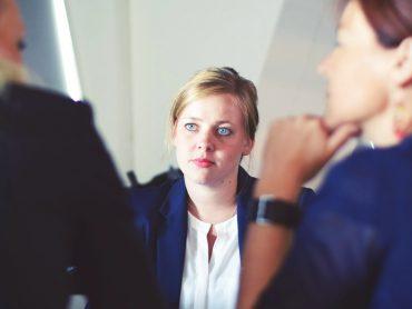 Współpraca z firmami – jak zwiększyć na nią szansę?