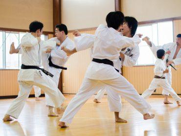Karate – dlaczego powinniśmy trenować?